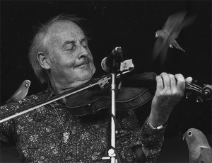 Stephane Grappelli with parakeets